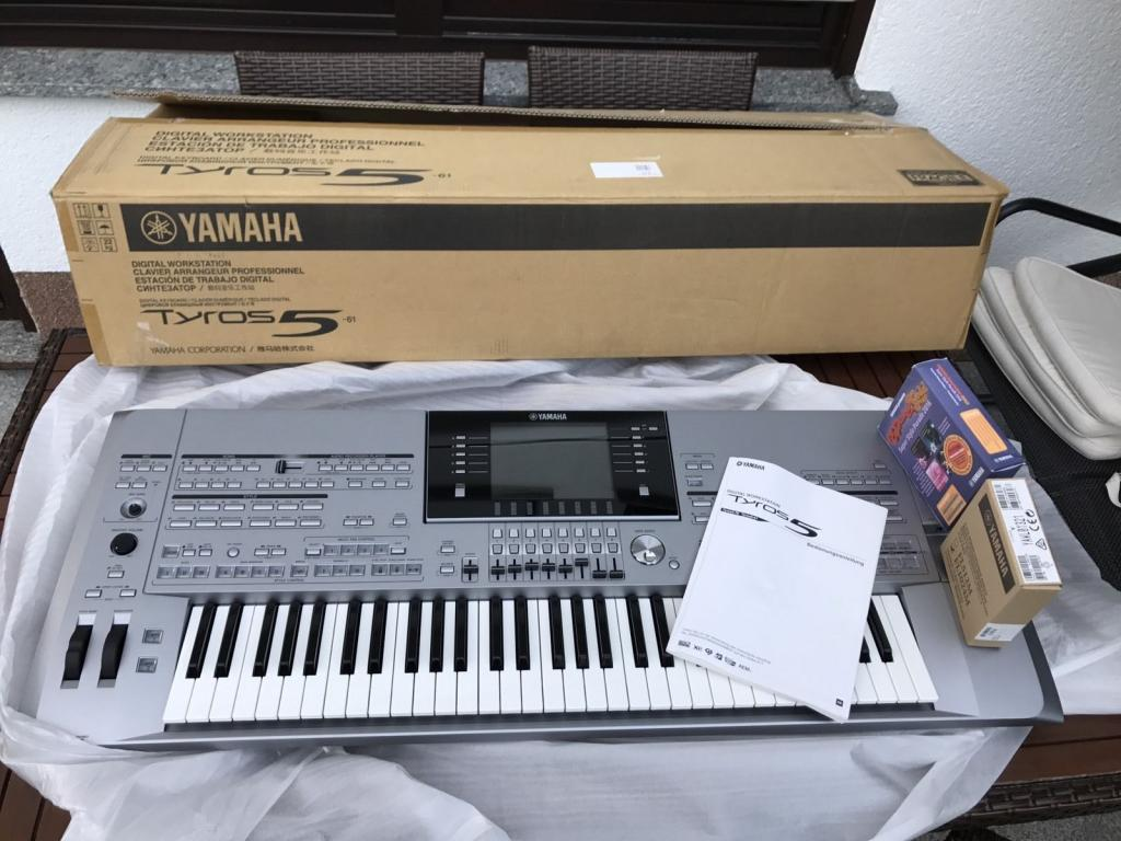 Slika:  Yamaha Tyros5 61-Key Arranger works
