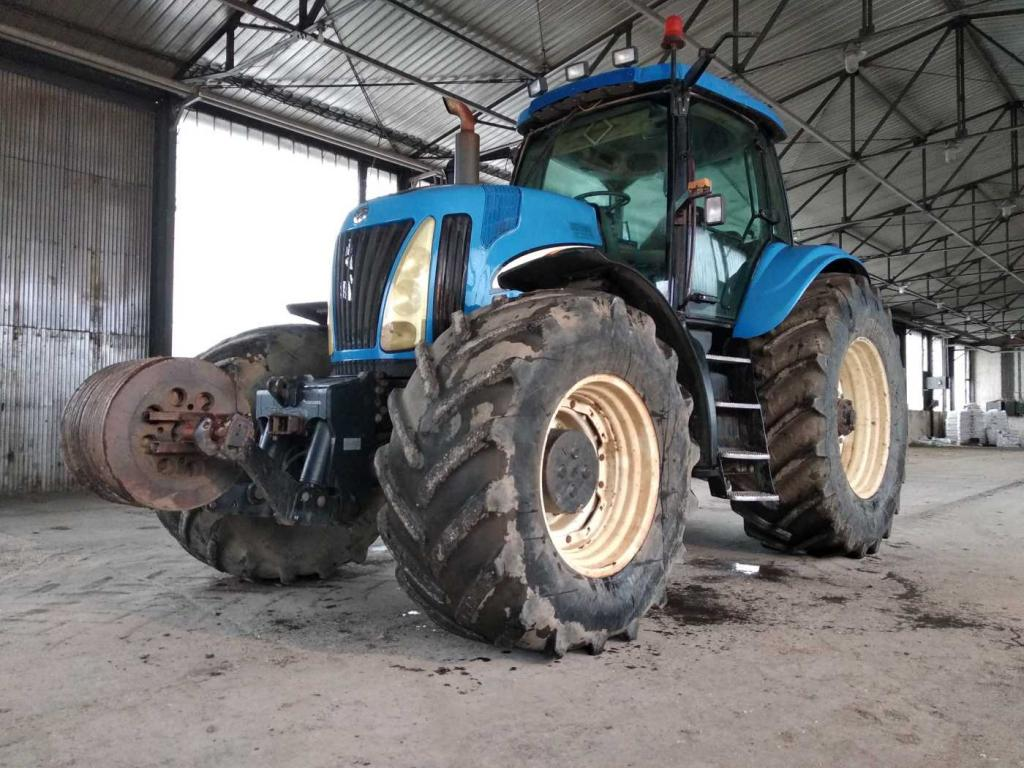 Slika: Prodajem Traktor NEW HOLLAND TG285